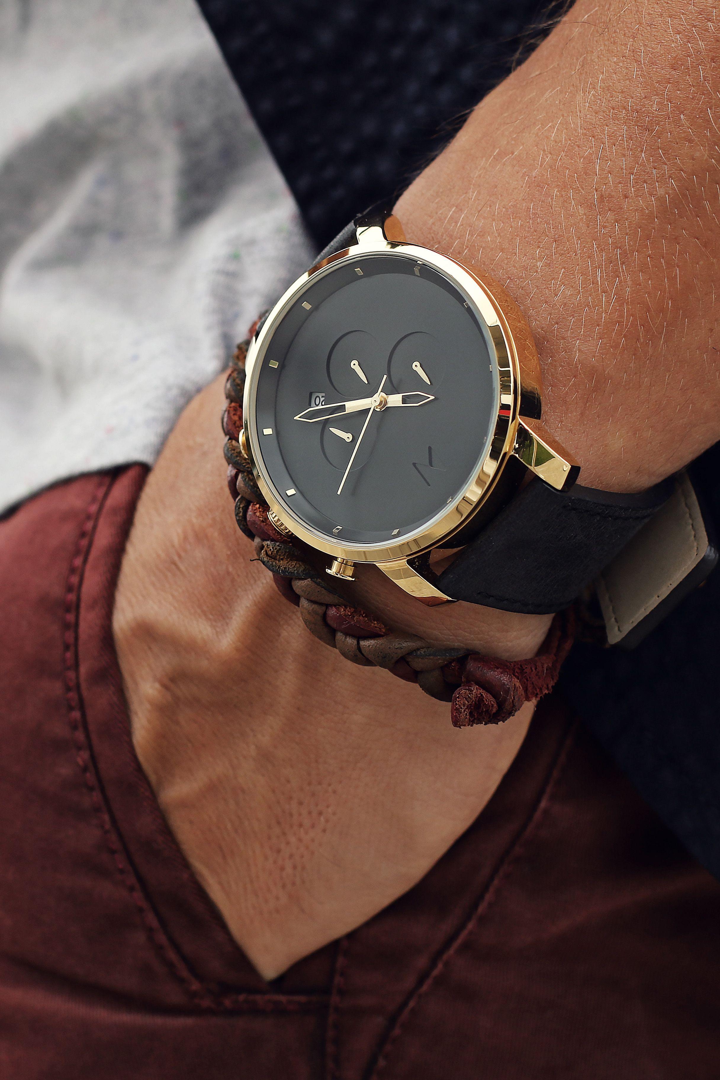 fbe9adea1c9 Chrono Gold Black Leather