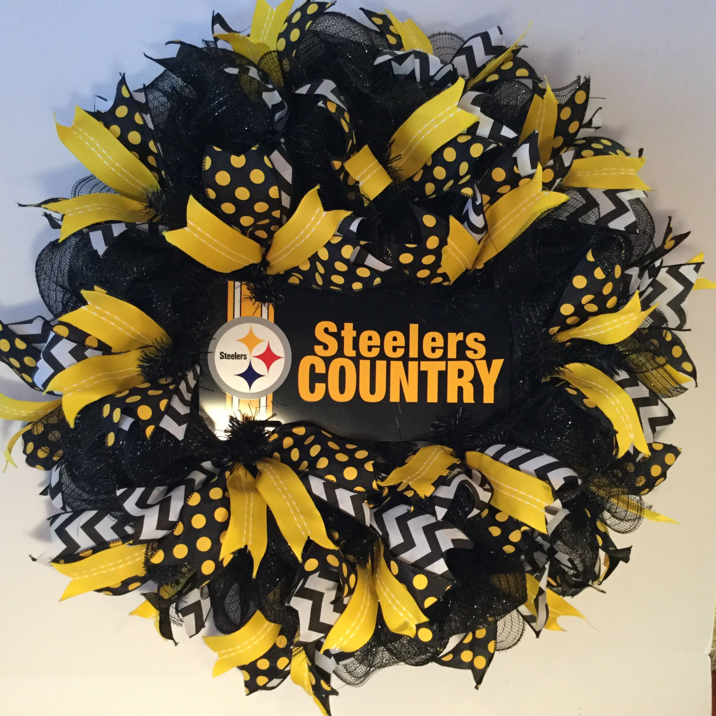 Photo of Pittsburgh Steelers Wreath made by Bay Wreath Designs, Deco Mesh Sport Wreath, S…