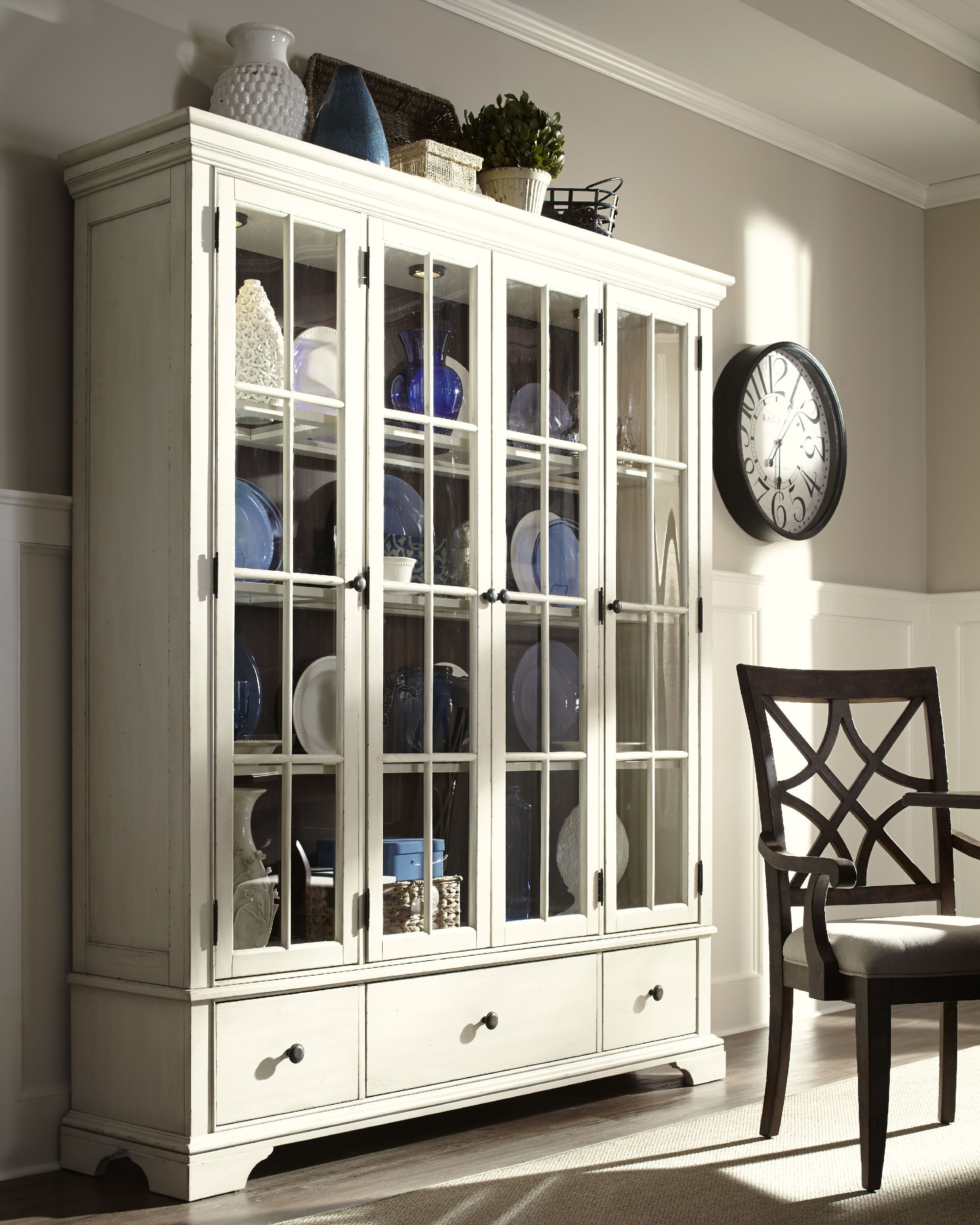 Room Trisha Yearwood Dining Monticello Curio CabinetsChina CabinetsFront