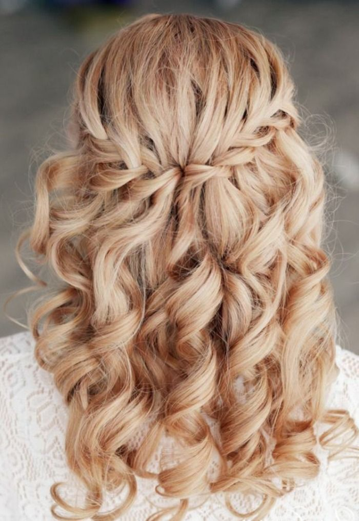 Schicke Frisuren Hochzeit Zopf Wasserfallzopf Lange Lockige Haar Festliche Frisuren Lange Haare Festliche Frisuren Lange Haare Offen Frisuren Lange Haare Offen