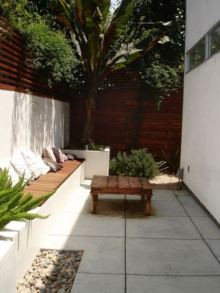 10 ideas para decorar un patio muy peque o patio peque o - Decorar un jardin pequeno ...