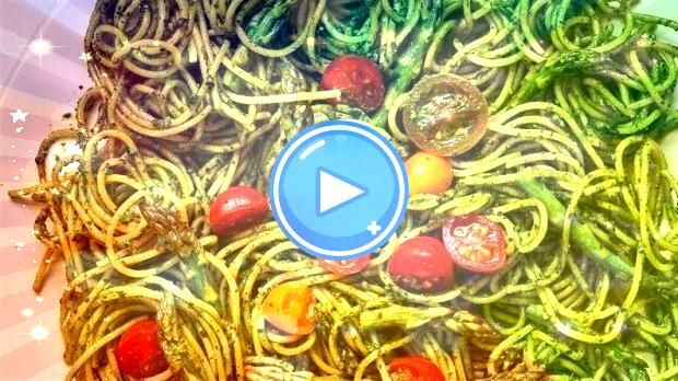 SpinachWalnut Pesto Noodles  5 superfood recipes that will fuel your entire day SpinachWalnut Pesto Noodles  5 superfood recipes that will fuel your entire day A recipe f...