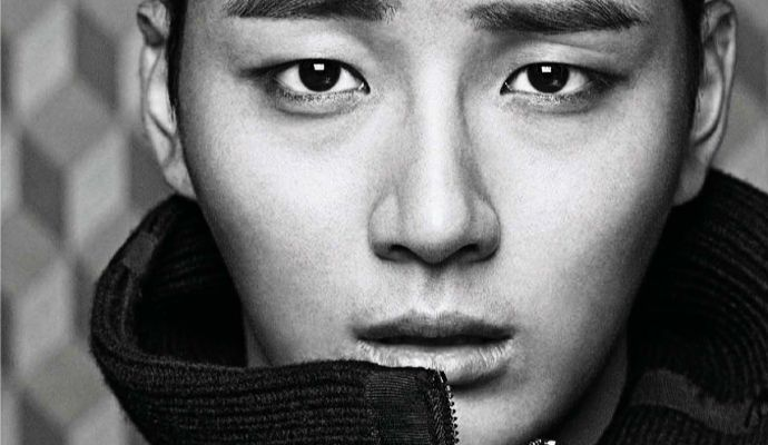 Yay! Extra Spreads Of Yoon Si Yoon From Harper's Bazaar Korea's December 2013 Issue