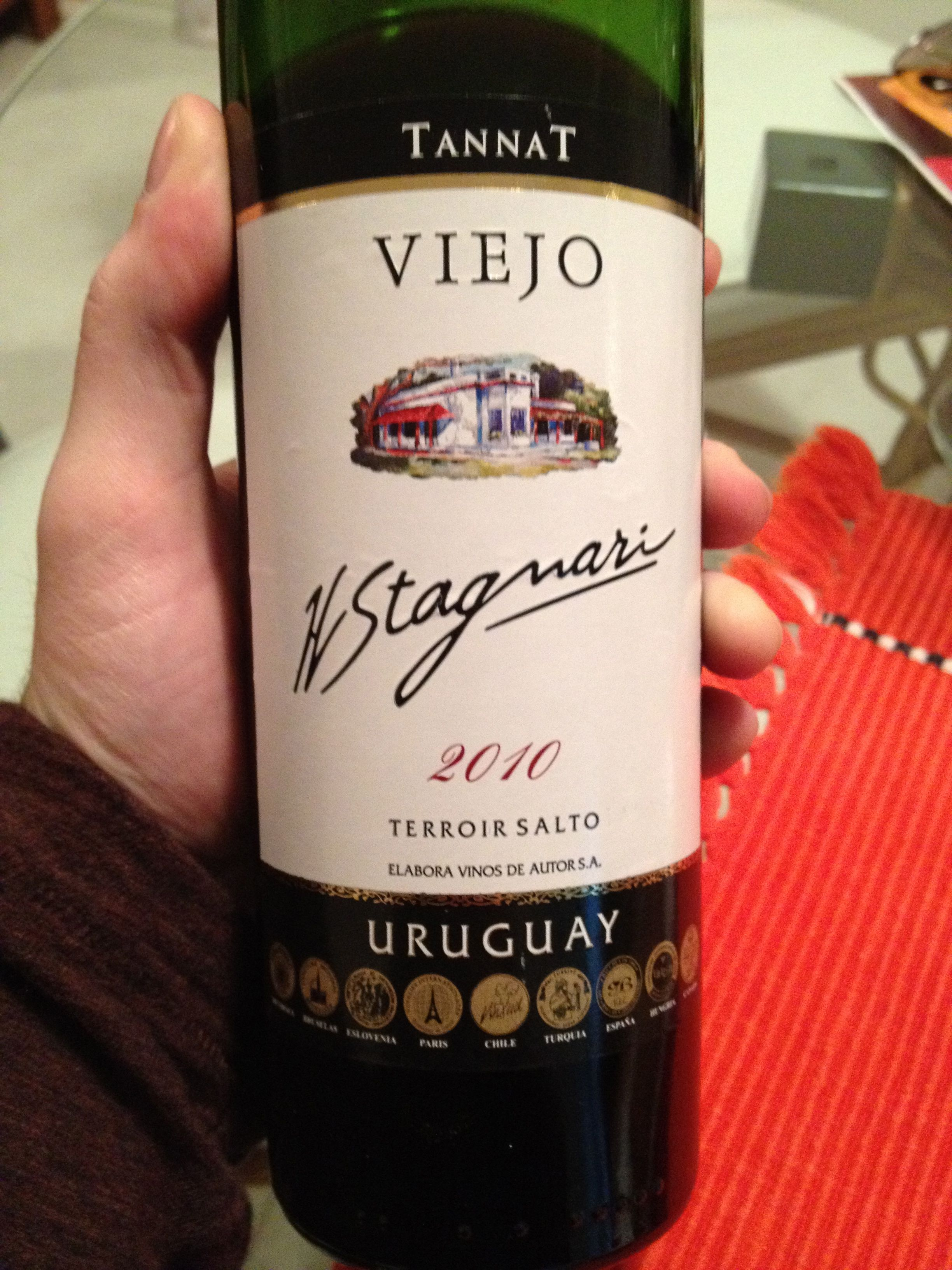 Viejo Tannat 2010 H Stagnari Salto Uruguay Wine Drinks Wine Bottle Wines