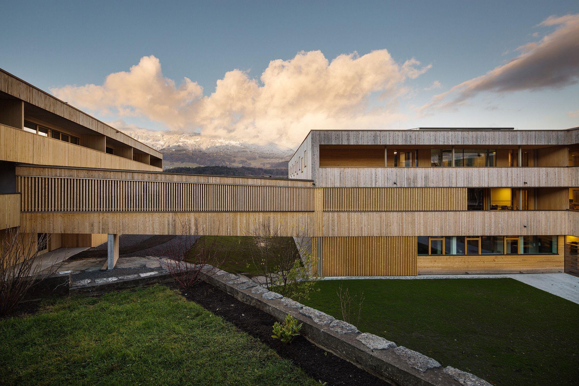 Muitas vezes Asilo Nenzing / Dietger Wissounig Architects | Lar de idosos, Casa  LI42