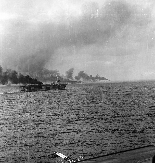 Resultado de imagen de Portaaviones USS Gambier Bay samar 1944
