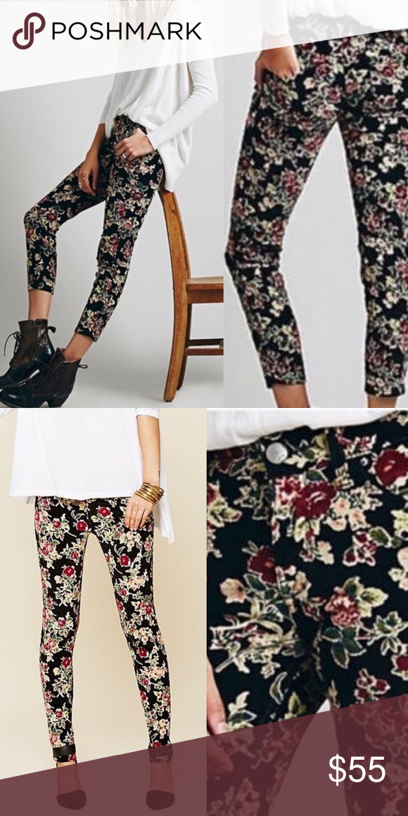 c64cda72e0f7ff Free People Black Floral Micro Cords Perfect floral cords from Free People!  Skinny fit with