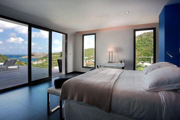 Stylish Caribbean Hideaway: ETR Modern Holiday Villa in St. Barts http://www.islandorigins.tv