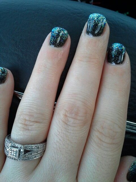 Black gel with silver sparkles