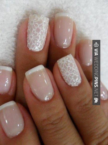 bfe634c2f69f8f510aae9dd809b186e1 - Traditional Wedding Nails