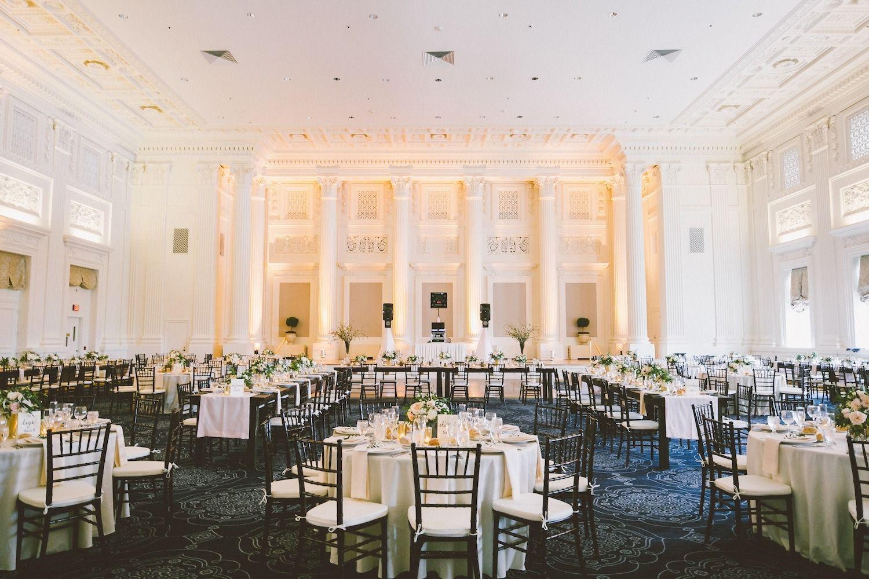 Contemporary Portland Ballroom Wedding Sentinel Hotel Portland Weddings Wedding Venues Oregon