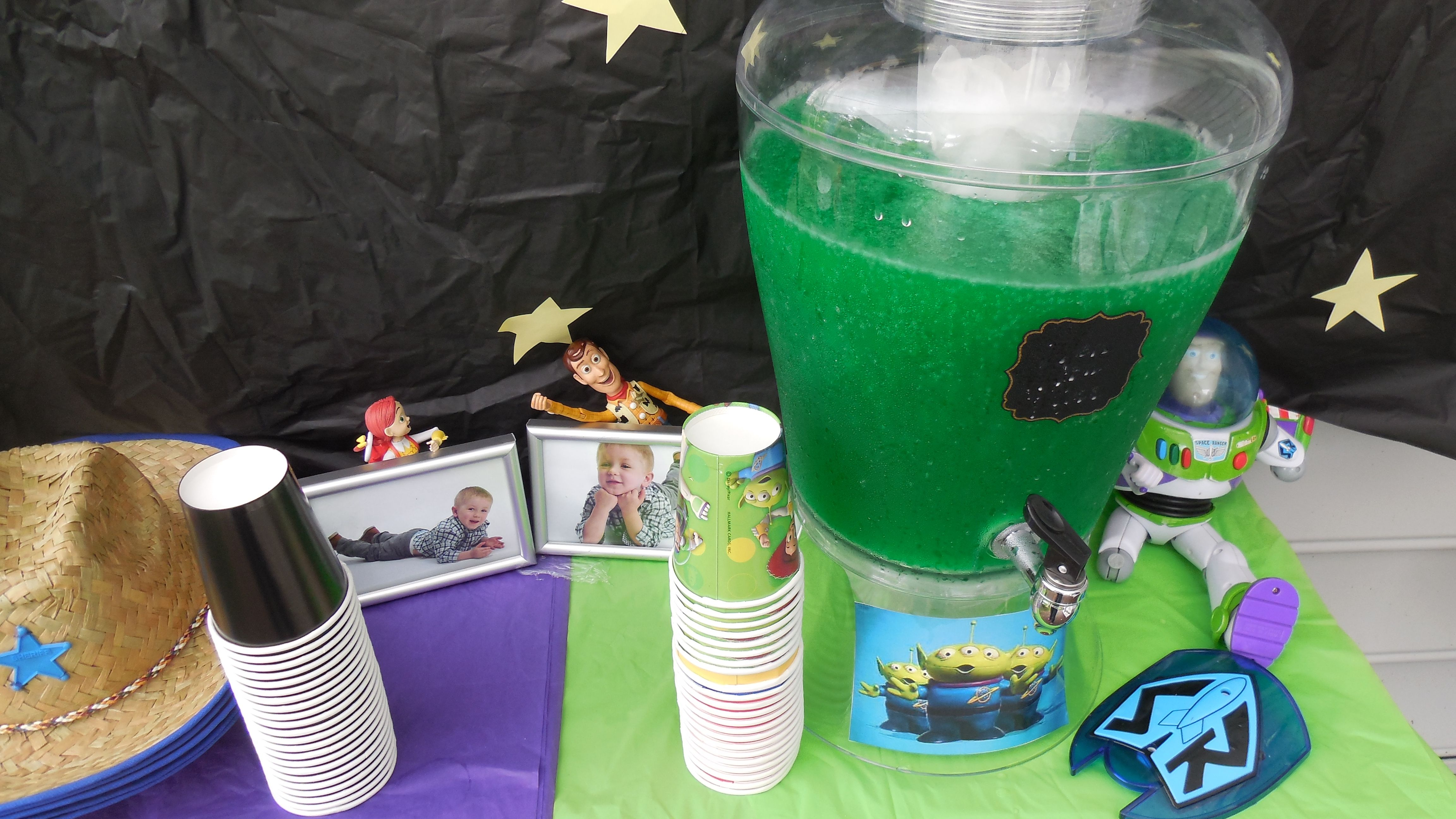Toy Story Party Drink Station Alien Punch Made From Lime Kool Aid Sprint And A Little Green Food C Toy Story Birthday Toy Story Party Birthday Party Themes