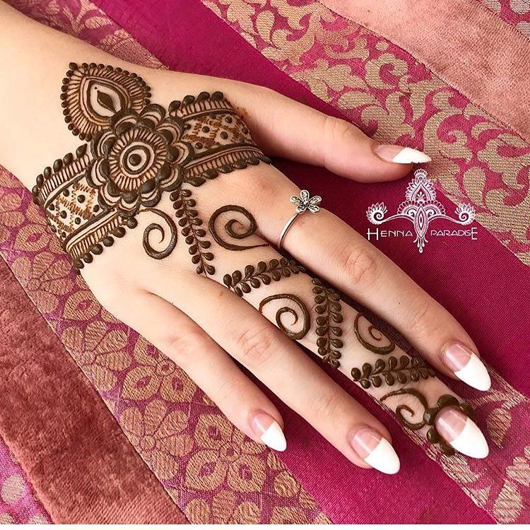 Pin By Muntaha Jailani On Henna Pinterest Hennas Mehndi And Mehendi