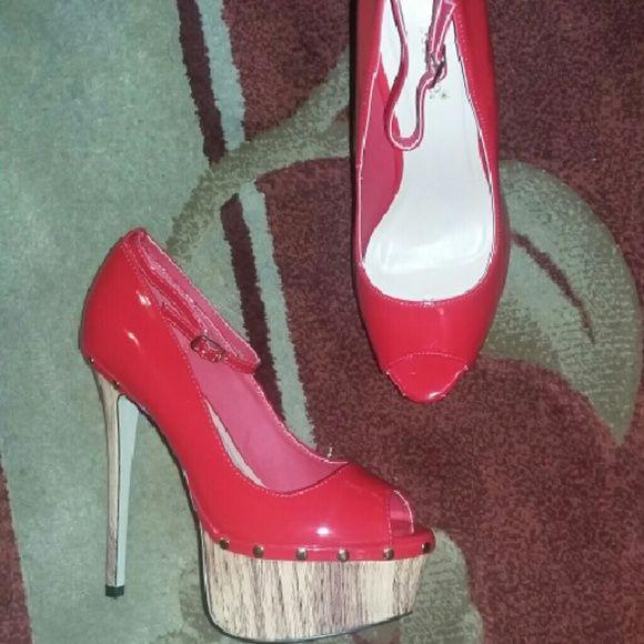 Shoedazzle red open toe platform 6.5 inch heel, platform, 2.5 inch platform, NIB, never worn or used. shoedazzle  Shoes Heels