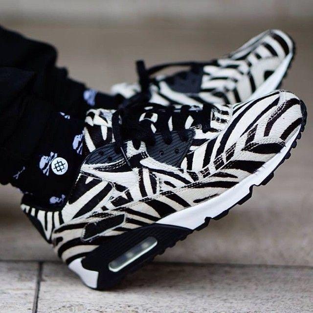 air max zebra