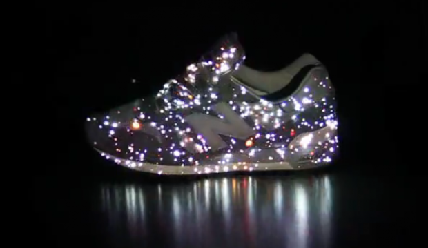 New Balance Sneakers Projection Mapping en 2019 | chaussures