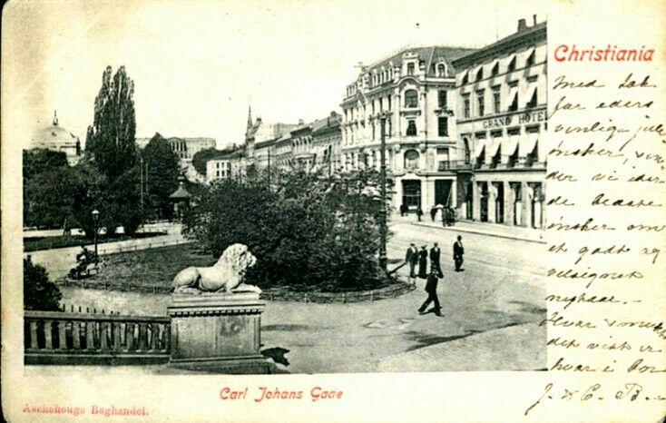 Christiania Kristiania fra Stortinget mot Carl Johans Gade tidlig 1900-tallet Utg Aschehougs Boghandel
