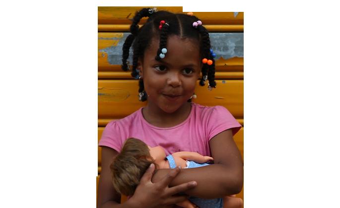 Nuestra campaña lleva desde el año 2000 haciendo posible que millones de menores sin recursos puedan #jugar estén donde estén.