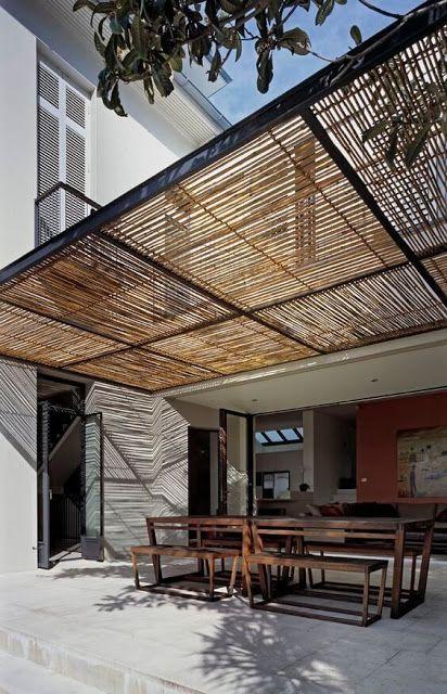 Planos low cost 2018 terraza jard n en 2019 pergola for Choza de jardin de madera techo plano