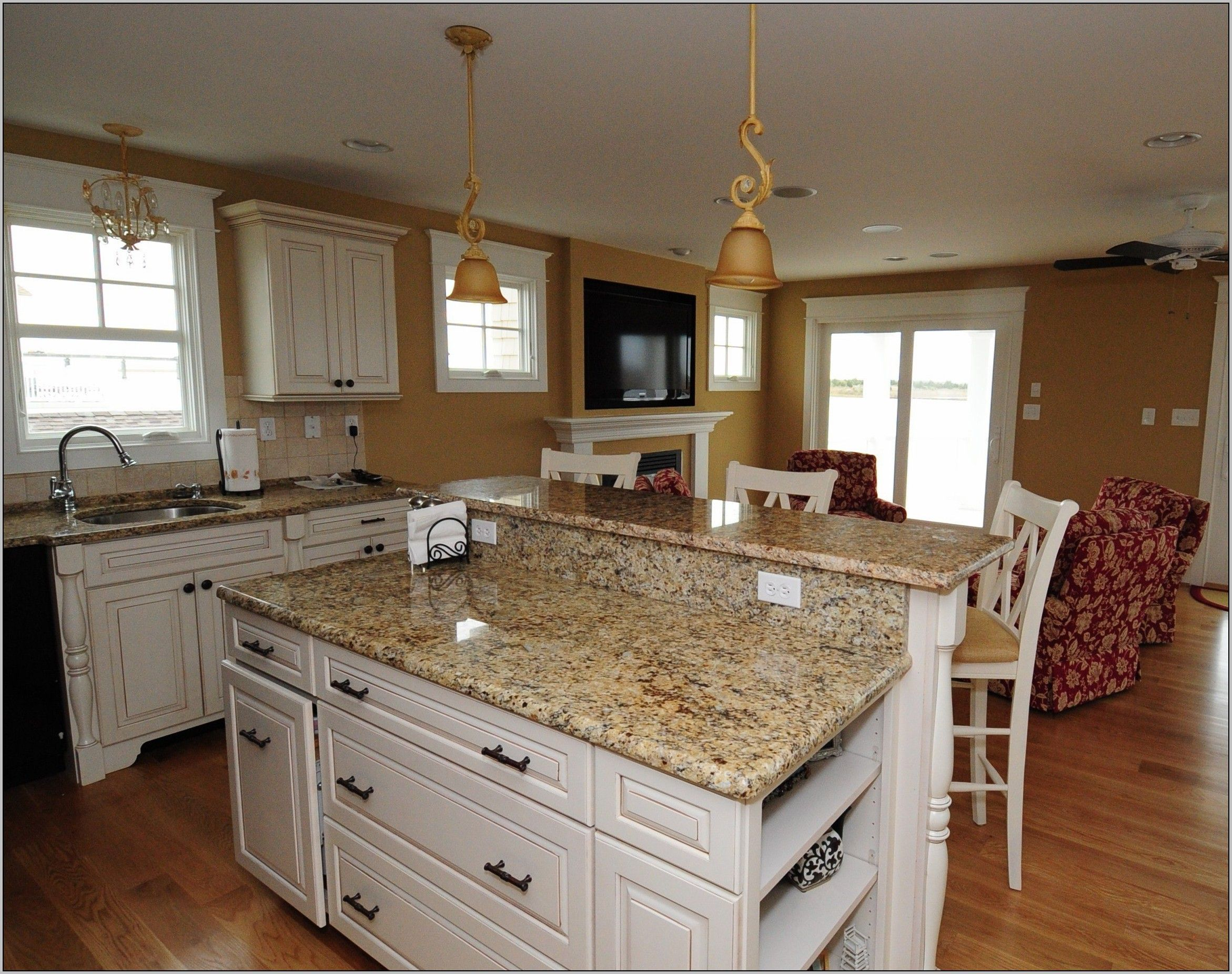 Exciting colonial cream granite for space remodel ideas for Cream colored granite countertops