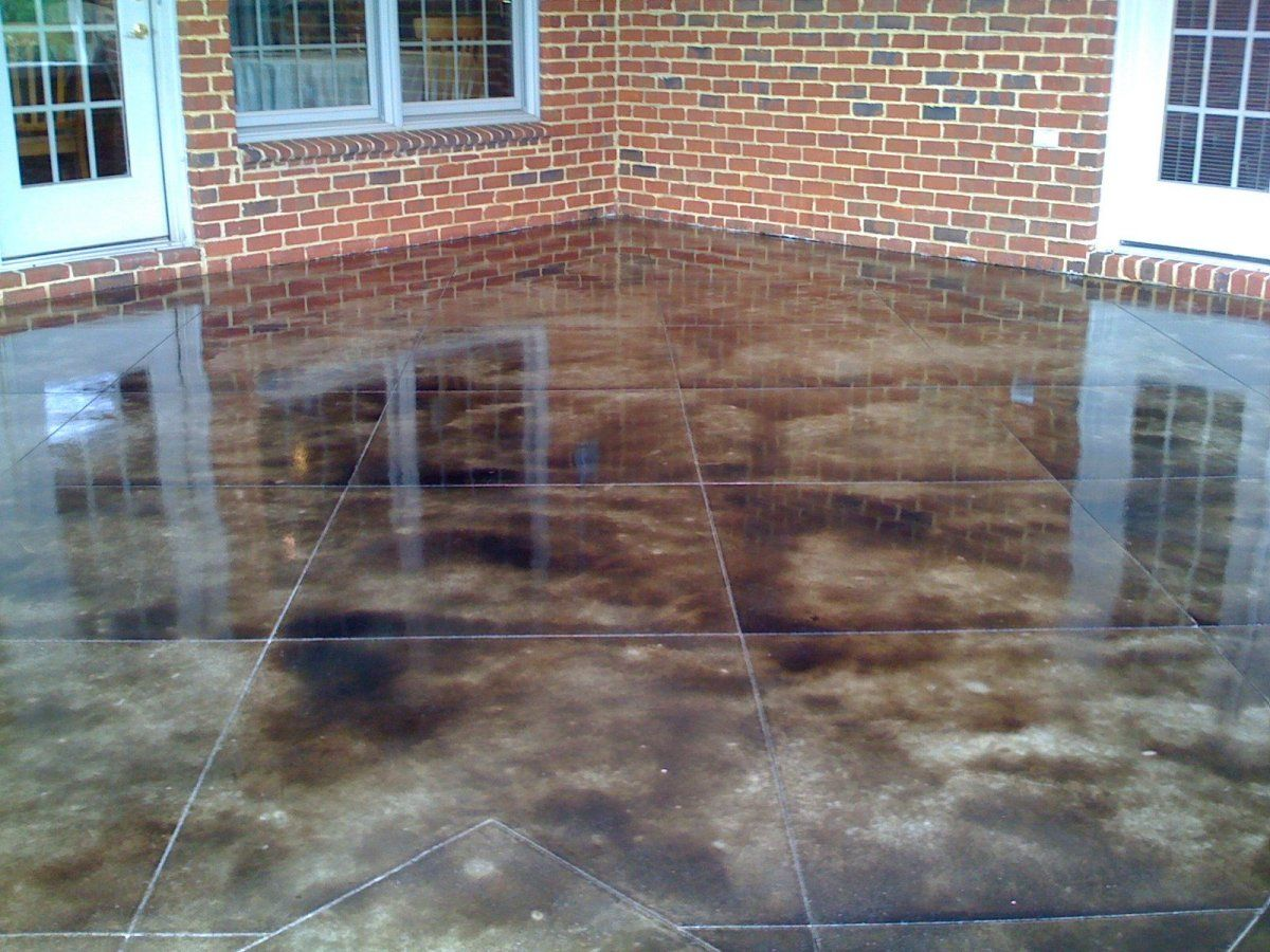 DIY Stained Patio :: Learn To Stain Concrete. What Type Of Stain You Should