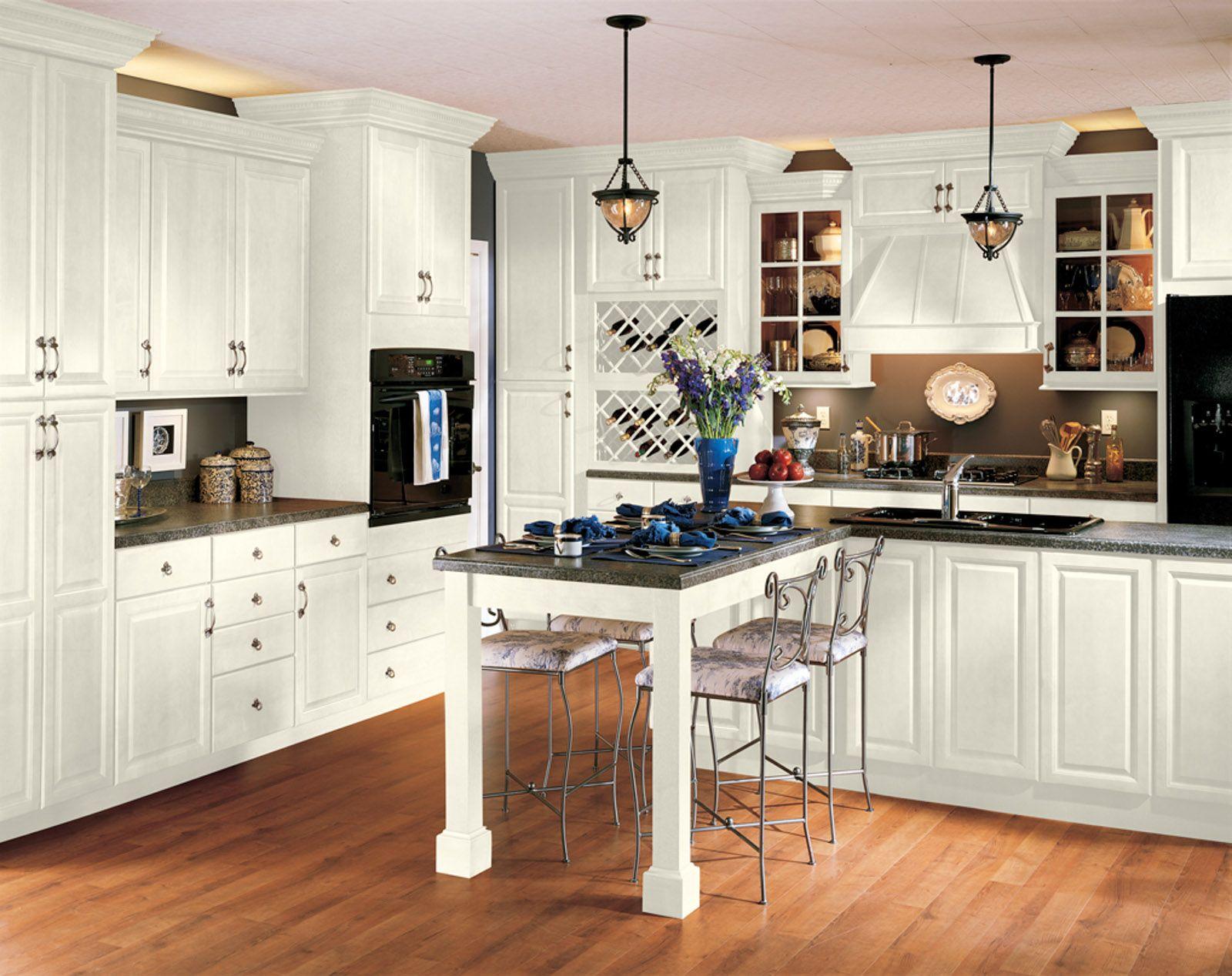 Best Echelon In Linen Wesley Door No Trim Kitchen Cabinets 400 x 300