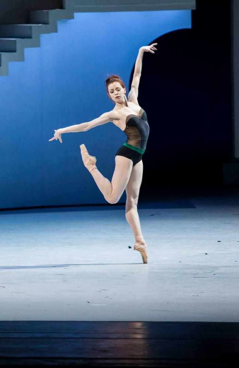 Evgenia Matvienko Yekaterina Krysanova As Katharina The