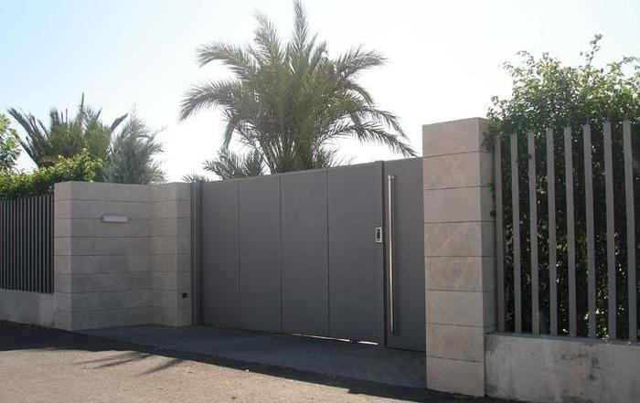 Cerramientos Exterior Buscar Con Google Door Gate Design Fence Design House Exterior