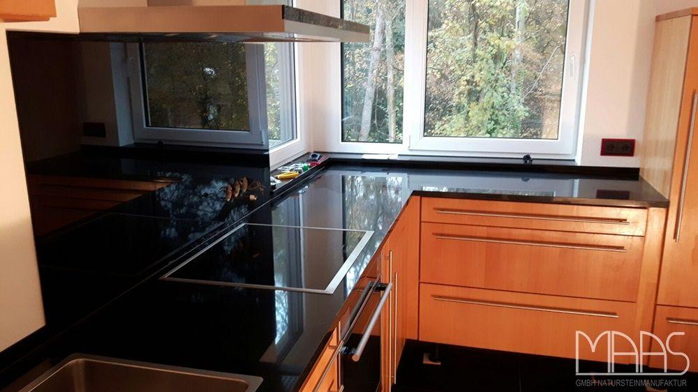 Diese bei Bonn gelieferte und montierte Granit Arbeitsplatte ist - küchenarbeitsplatte aus granit