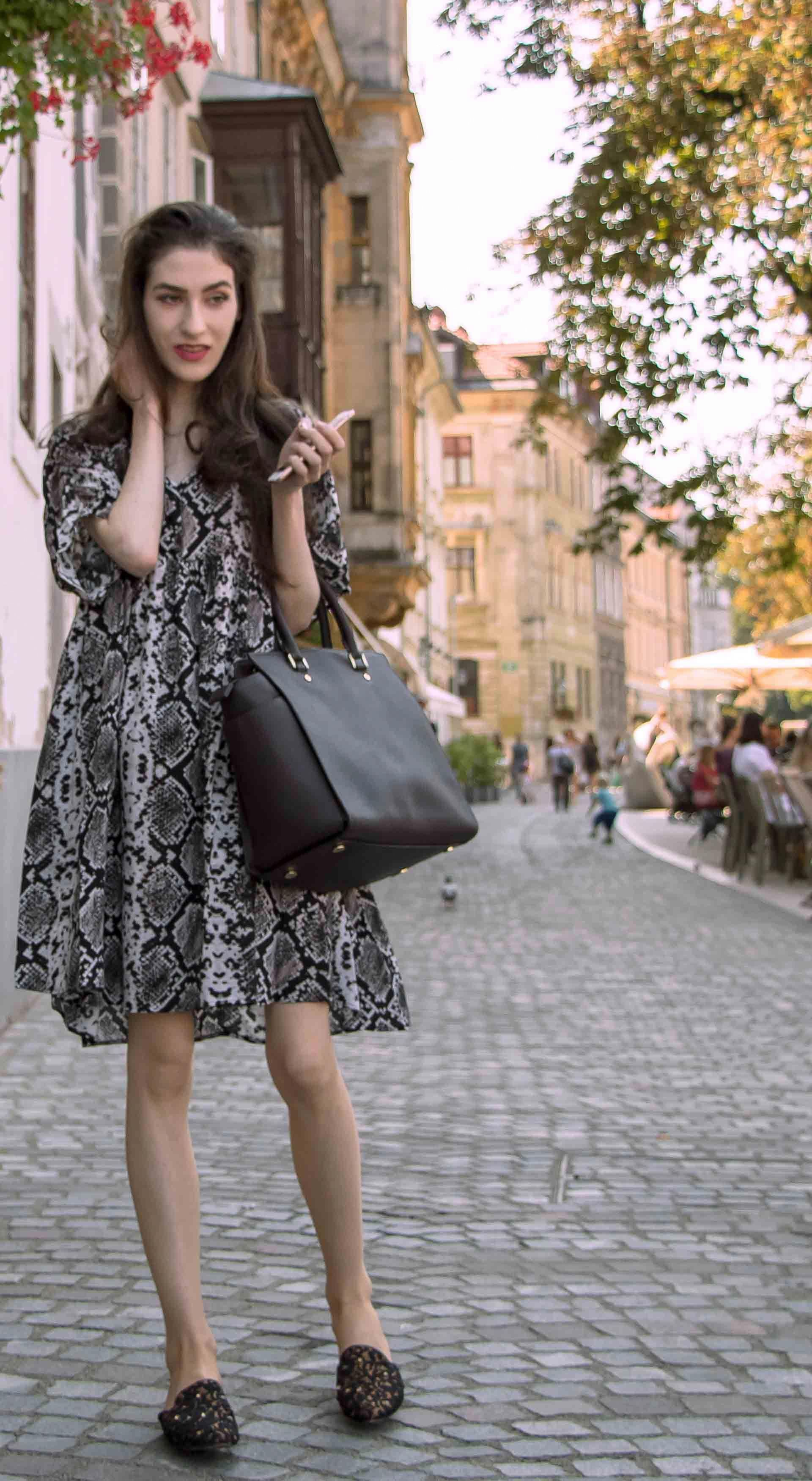263ad9f19ab Beautiful Slovenian Fashion Blogger Veronika Lipar of Brunette from Wall  dressed in boho chic flowing short snake print dress from Zara