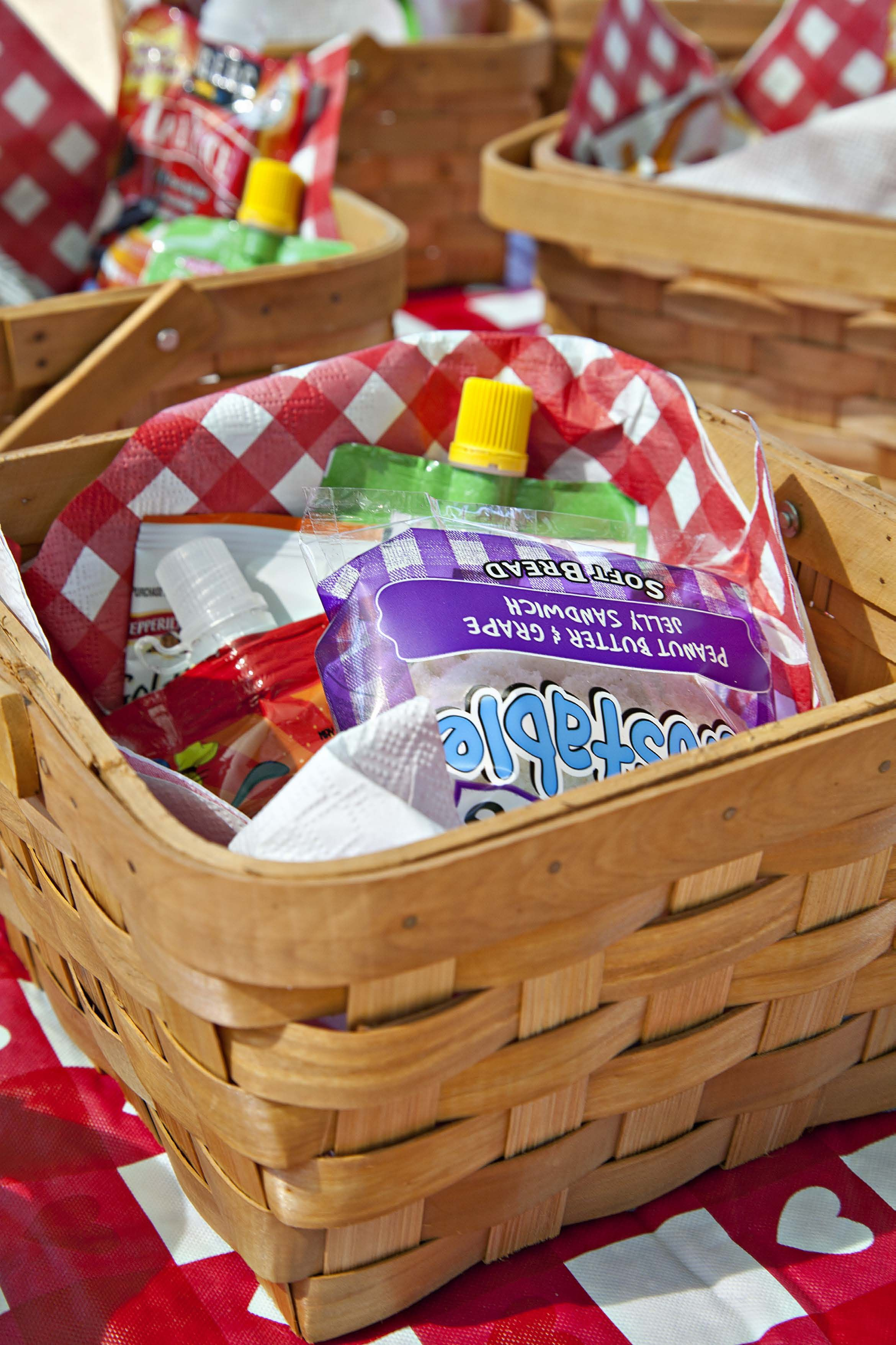 Individual picnic lunch baskets for each person at the Picnic Birthday Party!
