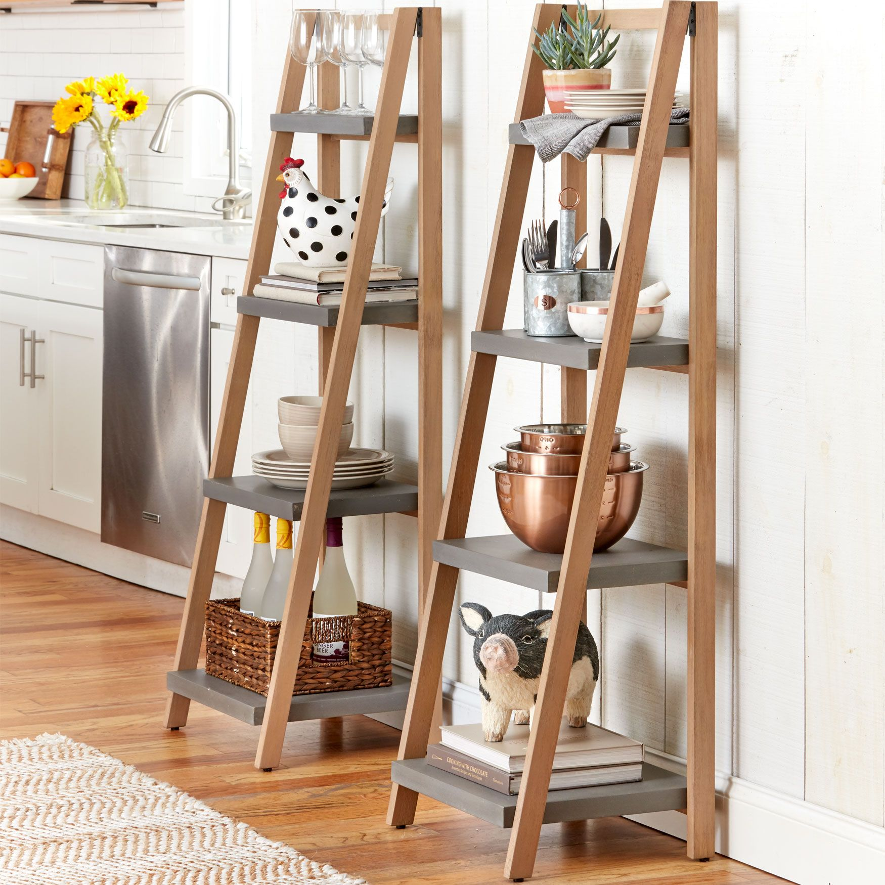 Four Graduating Shelves Provide Ample Space For Displaying Trinkets Photographs Books Lightweight And Durable This Ladder Shelf Decor Ladder Shelf Shelves