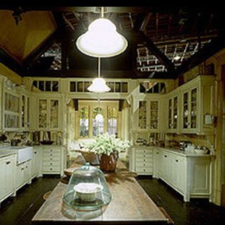 Practical Magic Set Still   Kitchen Looking Into Breakfast Nook. U0027