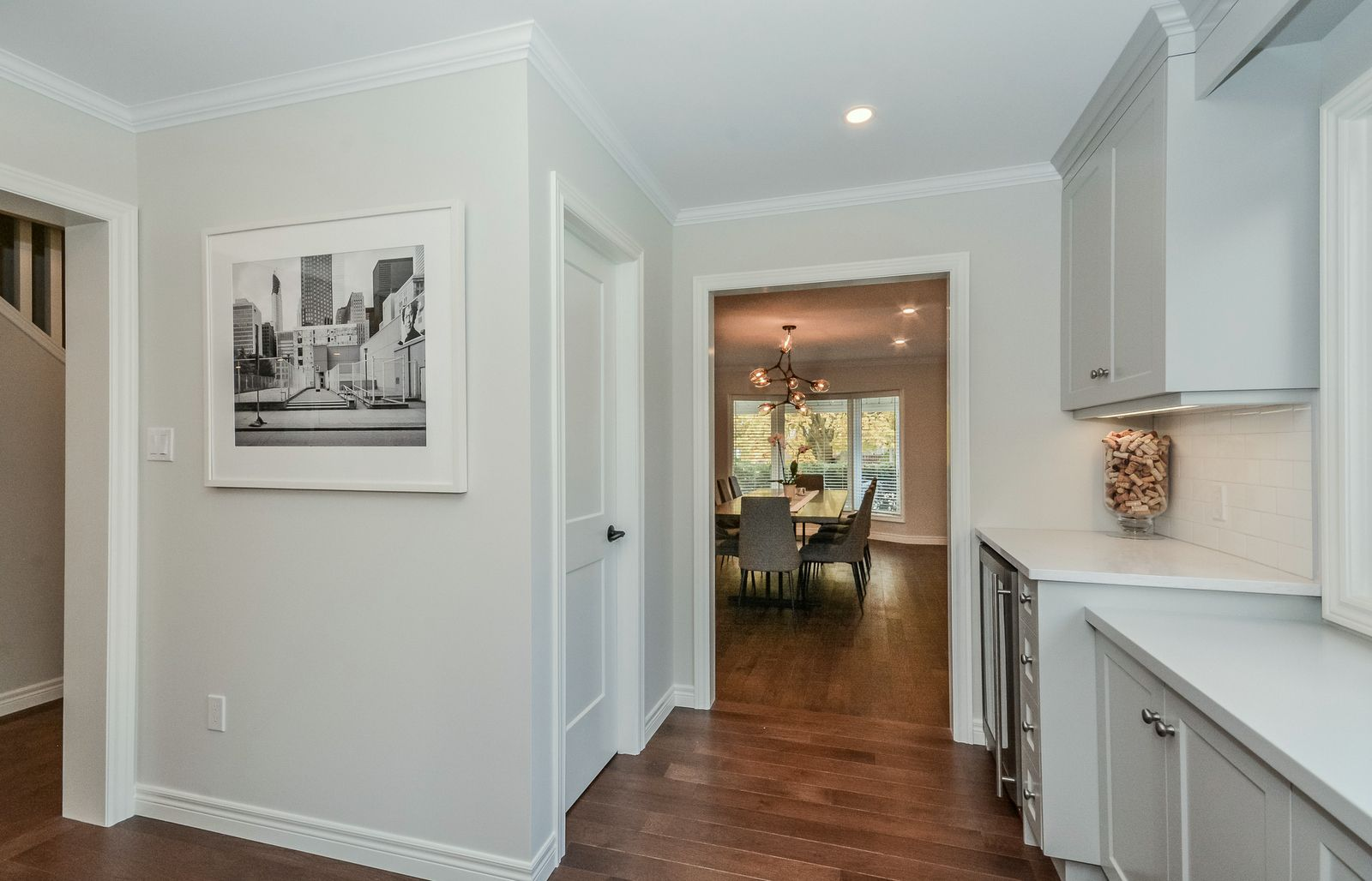 Love the barely grey vs white walls while maintaining