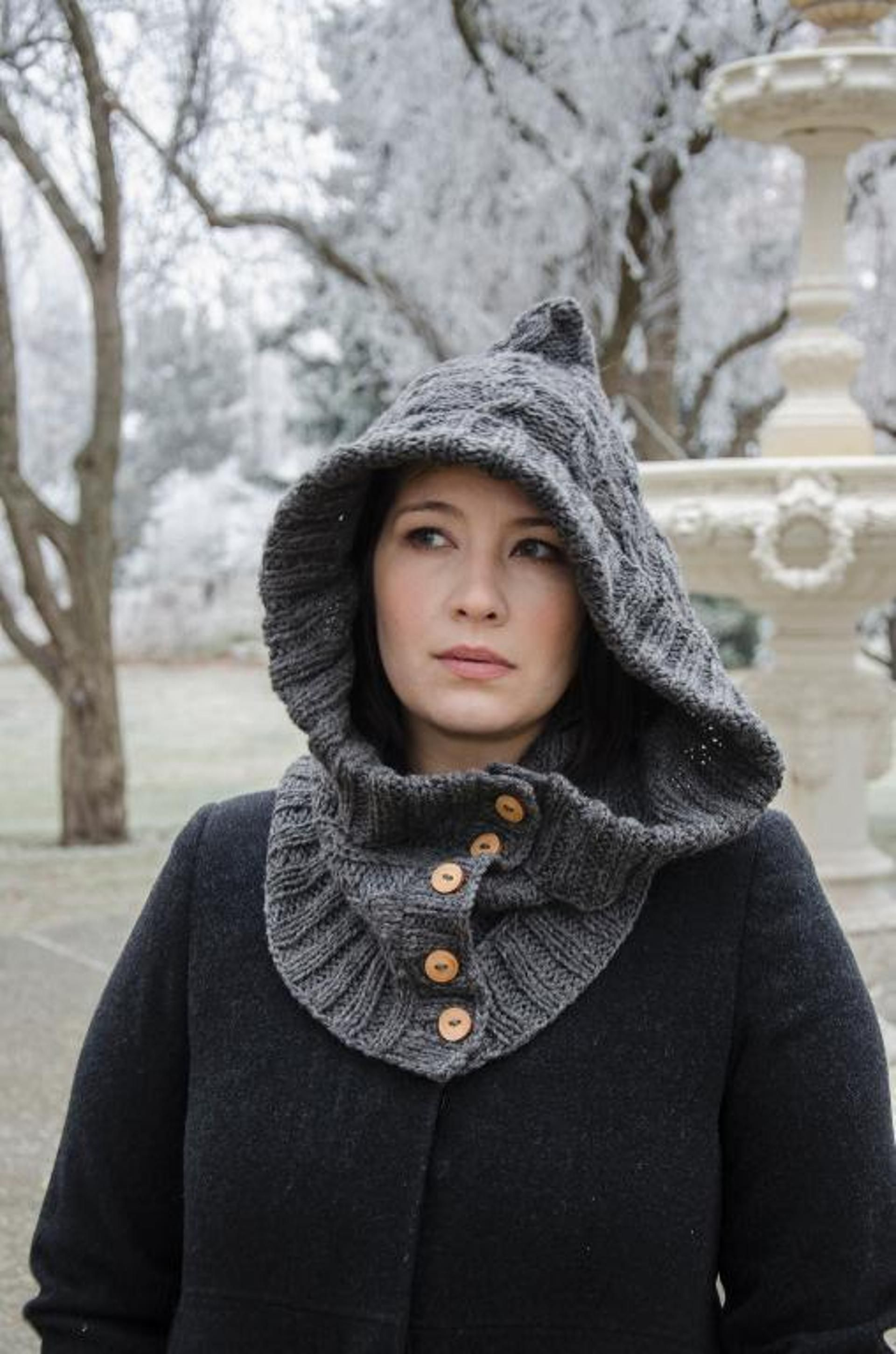 Through the Woods Hooded Neckwarmer (With images) | Neck ...