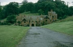 Compton Wynyates es una casa de campo en Warwickshire, Inglaterra.