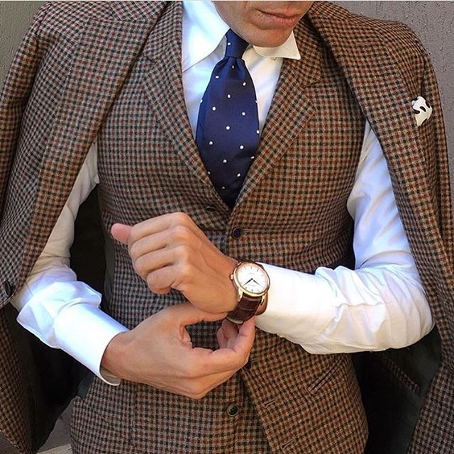 Check Suit with @fefeglamour #accessories