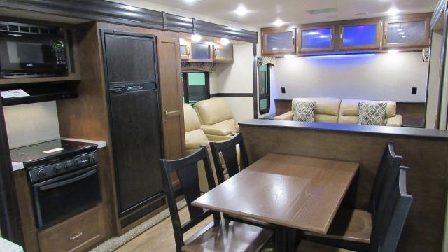 2019 Sporttrek Touring Edition 333vfl Front Living Room Travel