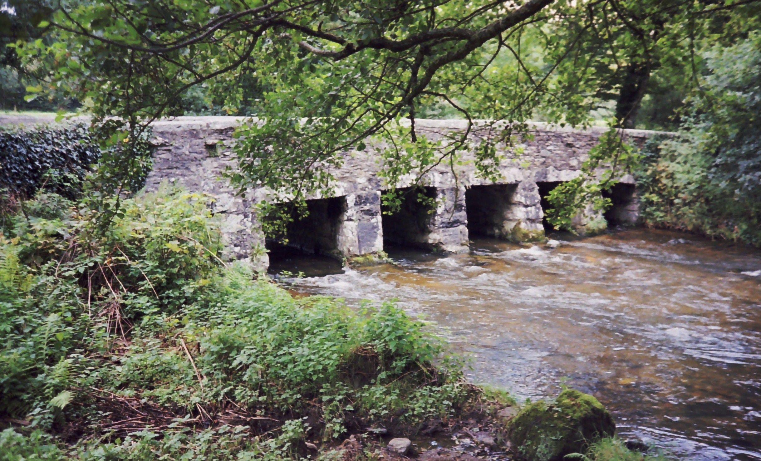 Dulphy Bridge, De Lank River