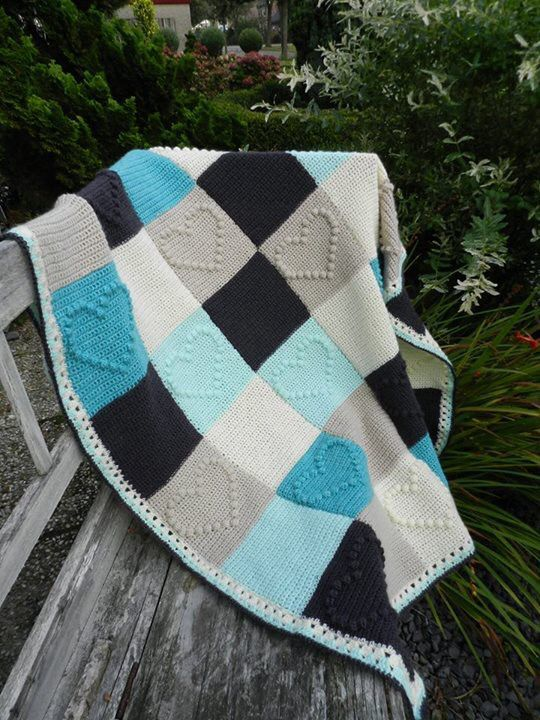 Blanket with Bobble heart blocks. | Colchas | Pinterest | Deckchen ...