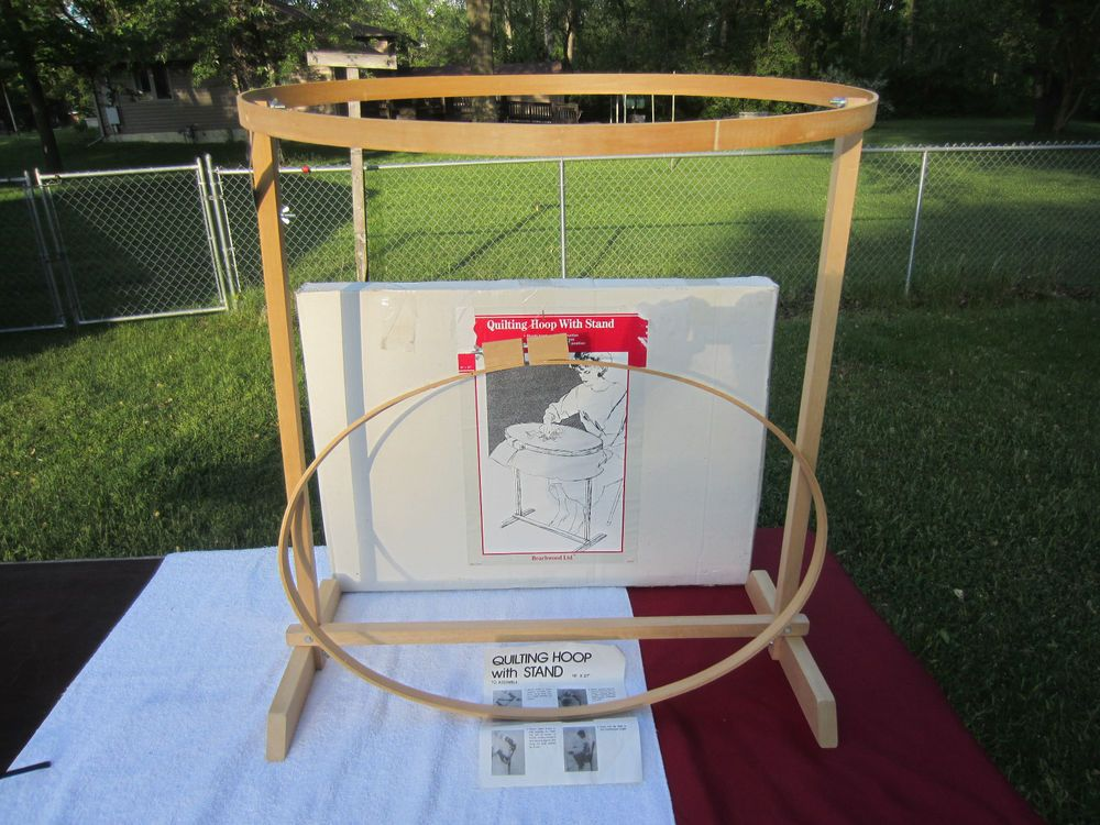 Quilting Hoop with Floor Stand~18 x 27