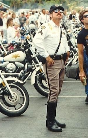 328e1117 Pin af Lance Williams på Cops | Cops, Hot guys og Pants