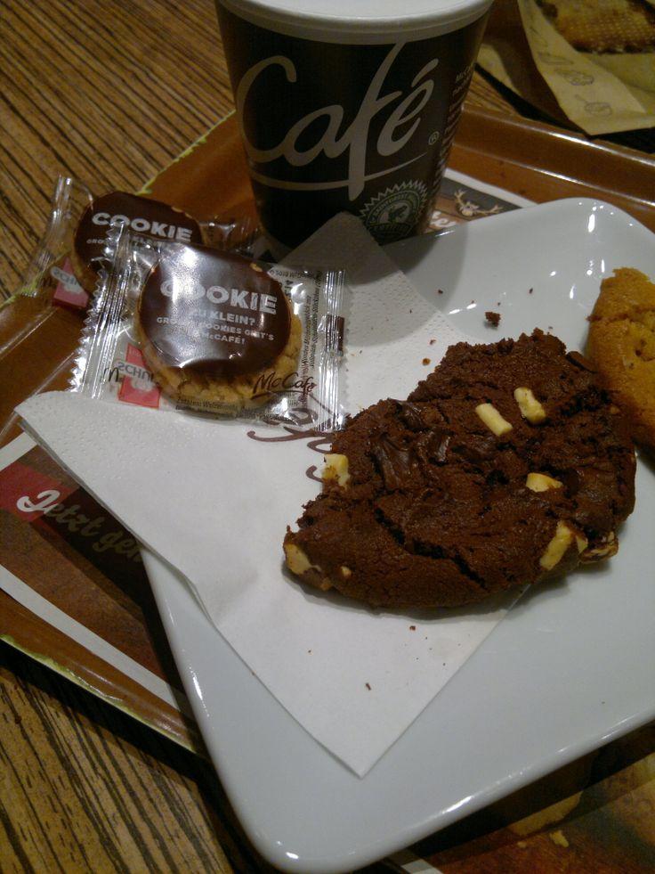Ein Koch im McCafé! Zucker und Süßigkeiten zum Abnehmen. www.abnehmen-schn ...   - Abnehmen Tipps -