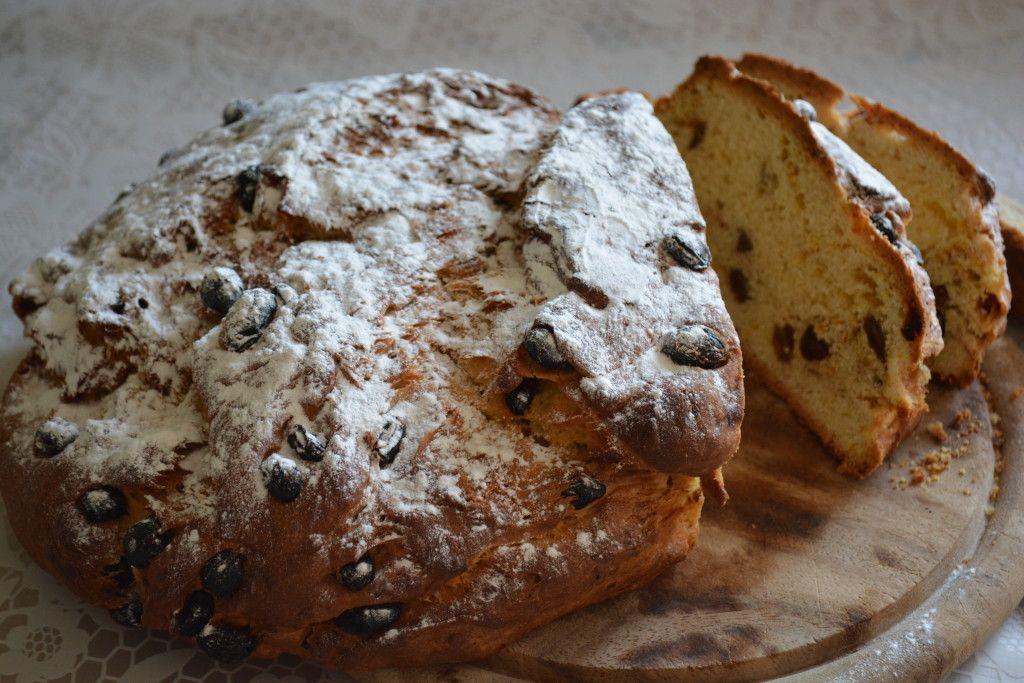 recept voor een heerlijk krentenbrood met rozijnen, krenten en