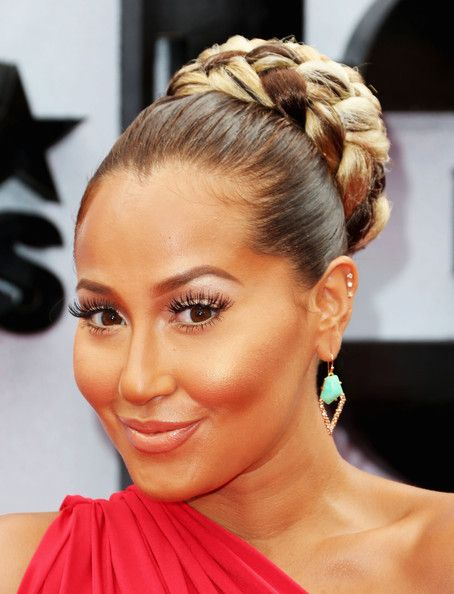 Adrienne Bailon Updo Showed Off Her Brown And Blonde Tresses With A High Braided Bun