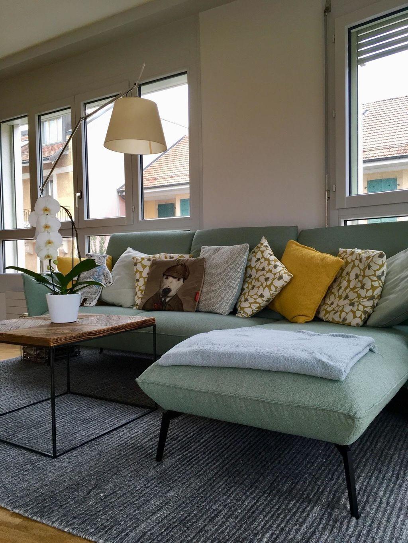couch #senfgelb #mint  Wohnzimmer gestalten, Gelbes wohnzimmer