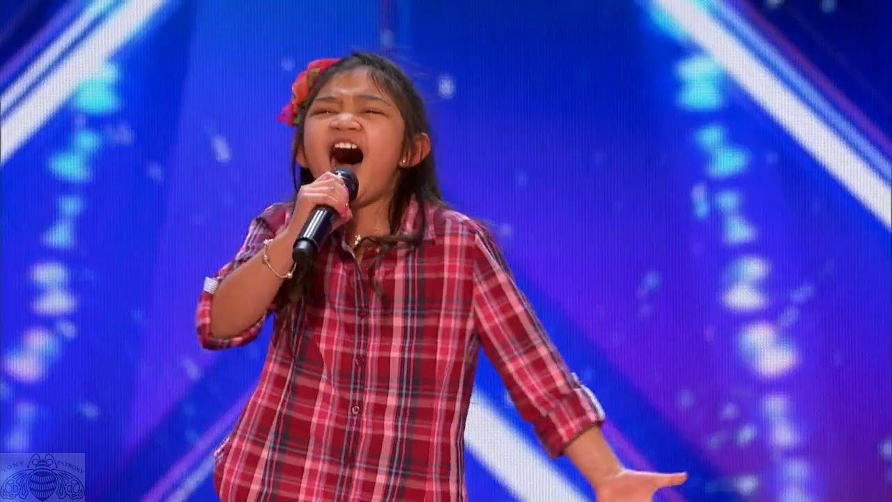 Americas got talent 2017 gospel choir - America S Got Talent 2017 Angelica Hale 9 Year Old Stuns Simon The
