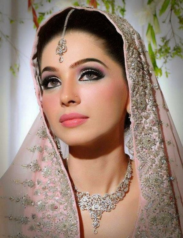 Make Up Games Of Indian Brideasian Wedding Ideas Blogzombie Bride Makeup