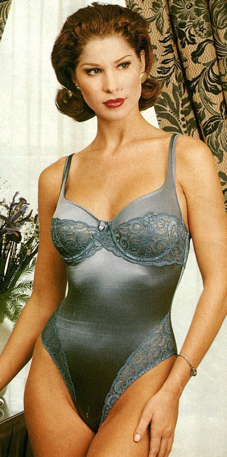 4154ce0f68591 Classic Lingerie Collection
