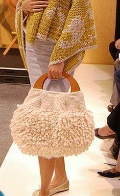5 ---- užívat háčkování tašky